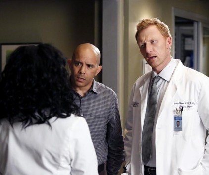 Watch Grey's Anatomy Season 10 Episode 23
