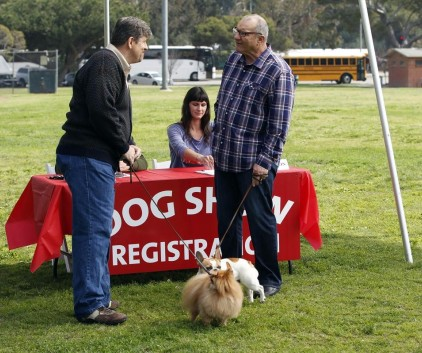 Watch Modern Family Season 5 Episode 21