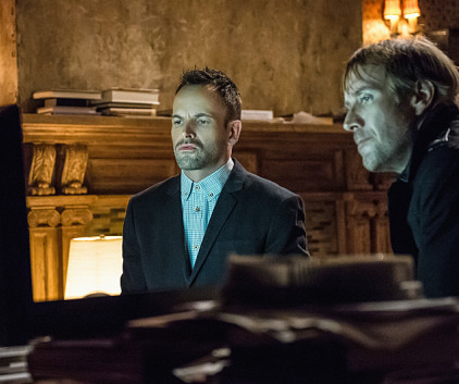 Watch Elementary Season 2 Episode 22