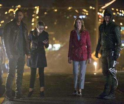 Watch Arrow Season 2 Episode 22