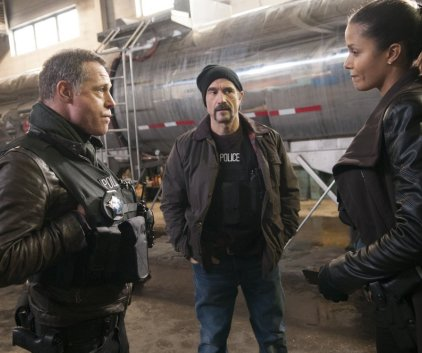 Watch Chicago PD Season 1 Episode 13