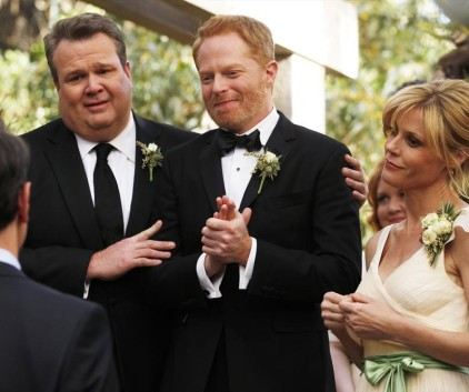 Watch Modern Family Season 5 Episode 24