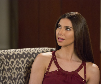 Watch Devious Maids Season 2 Episode 6