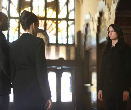 Watch Continuum Season 3 Episode 10