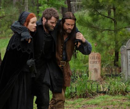 Watch Salem Season 1 Episode 9