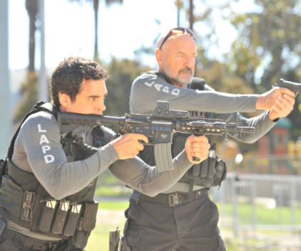 Watch Gang Related Season 1 Episode 5