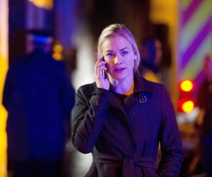 Watch 24: Live Another Day Season 1 Episode 10
