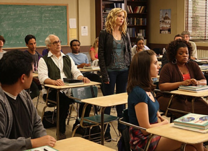 Watch Community Season 1 Episode 5 Online