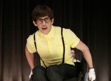 Watch Glee Season 1 Episode 9 Online