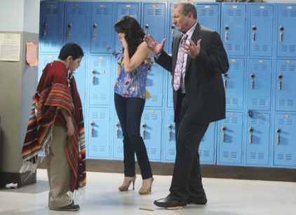 Watch Modern Family Season 1 Episode 6 Online