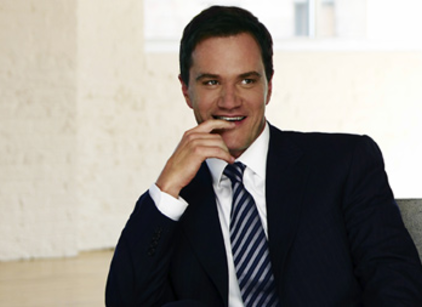 Watch White Collar Season 1 Episode 6 Online
