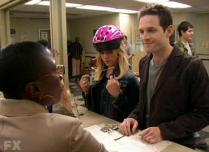 Watch It's Always Sunny in Philadelphia Season 2 Episode 3 Online