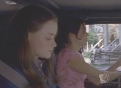 Watch Gilmore Girls Season 1 Episode 2 Online