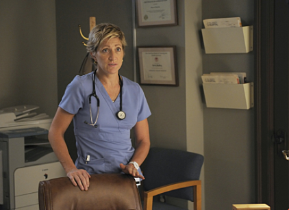 Watch Nurse Jackie Season 2 Episode 3 Online