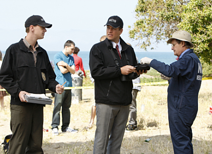 Watch NCIS Season 7 Episode 23 Online