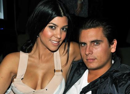 Watch Kourtney and Khloe Take Miami Season 2 Episode 1 Online