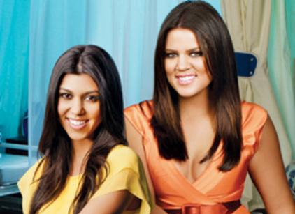 Watch Kourtney and Khloe Take Miami Season 2 Episode 2 Online