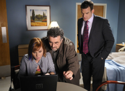 Watch Warehouse 13 Season 2 Episode 4 Online