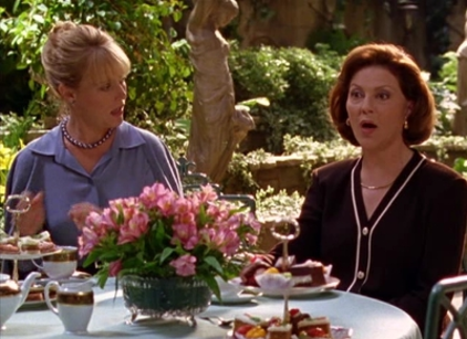 Watch Gilmore Girls Season 2 Episode 6 Online