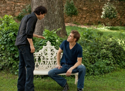Watch The Vampire Diaries Season 2 Episode 1 Online
