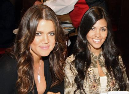 Watch Kourtney and Khloe Take Miami Season 2 Episode 10 Online