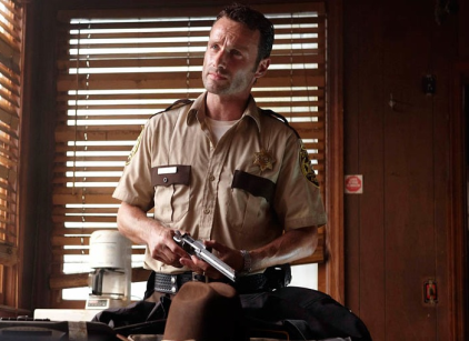 Watch The Walking Dead Season 1 Episode 4 Online