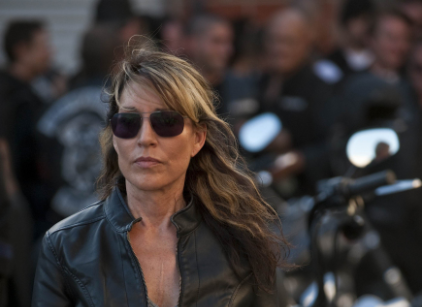 Watch Sons of Anarchy Season 3 Episode 12 Online