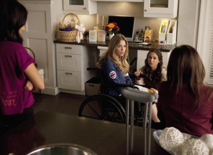 Watch Pretty Little Liars Season 1 Episode 12 Online