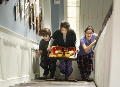 Watch Modern Family Season 2 Episode 13 Online