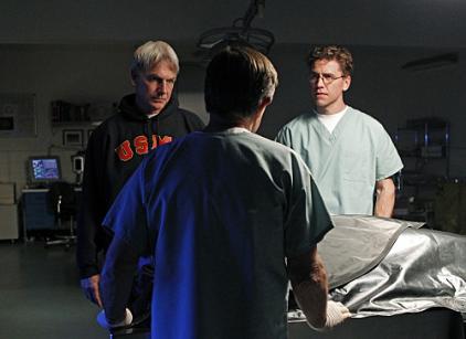 Watch NCIS Season 8 Episode 24 Online