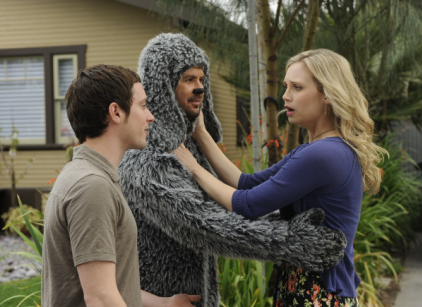 Watch Wilfred Season 1 Episode 2 Online