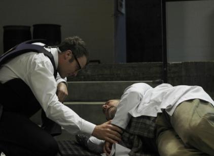 Watch Fringe Season 4 Episode 5 Online