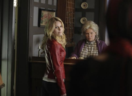 Watch Once Upon a Time Season 1 Episode 1 Online