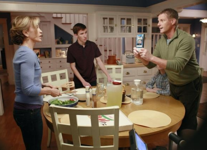 Watch Desperate Housewives Season 8 Episode 10 Online