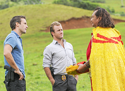 Watch Hawaii Five-0 Season 2 Episode 17 Online