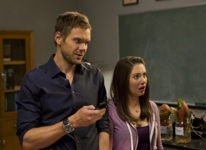 Watch Community Season 3 Episode 17 Online