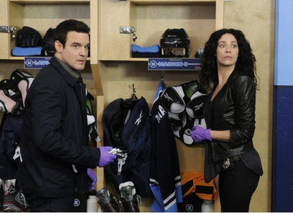 Watch Warehouse 13 Season 4 Episode 5 Online