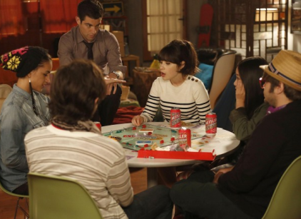 Watch New Girl Season 2 Episode 4 Online