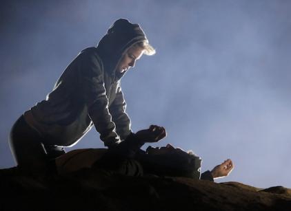 Watch Revenge Season 2 Episode 10 Online
