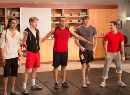 Watch Glee Season 4 Episode 12 Online