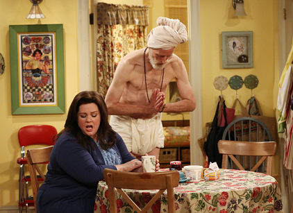 Watch Mike & Molly Season 3 Episode 12 Online
