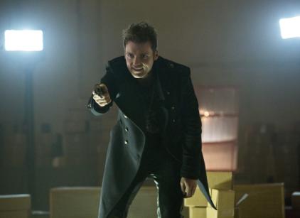 Watch Arrow Season 1 Episode 12 Online
