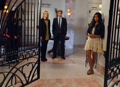 Watch Pretty Little Liars Season 3 Episode 18 Online