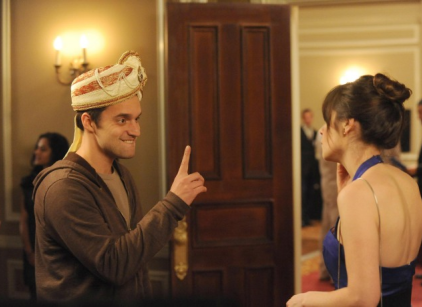 Watch New Girl Season 2 Episode 16 Online