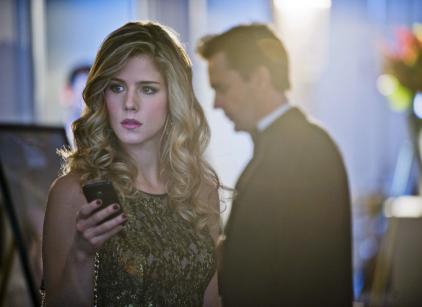 Watch Arrow Season 1 Episode 15 Online