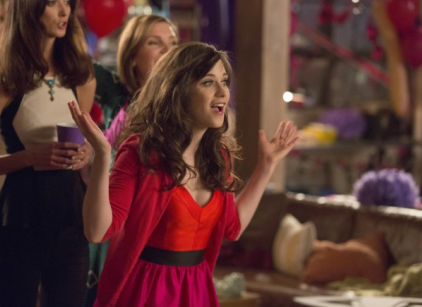 Watch New Girl Season 2 Episode 22 Online