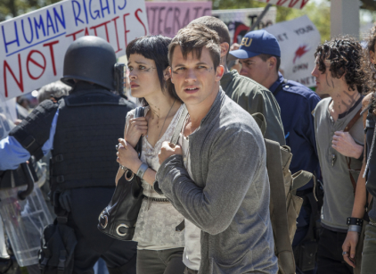 Watch Star-Crossed Season 1 Episode 1 Online