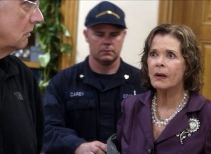 Watch Arrested Development Season 4 Episode 10 Online