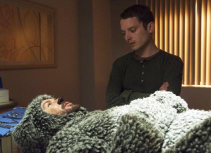 Watch Wilfred Season 3 Episode 1 Online