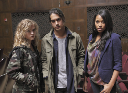 Watch Twisted Season 1 Episode 6 Online